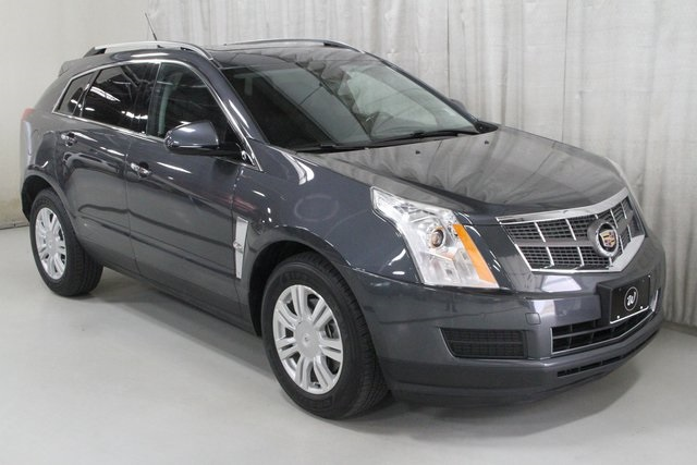 Pre-Owned 2010 Cadillac SRX Luxury